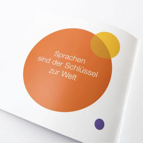 Petermeyer Zimmerer, Print, Broschüre, Bayerischer Volkshochschulverband, Broschüre, Sprachen Infografik