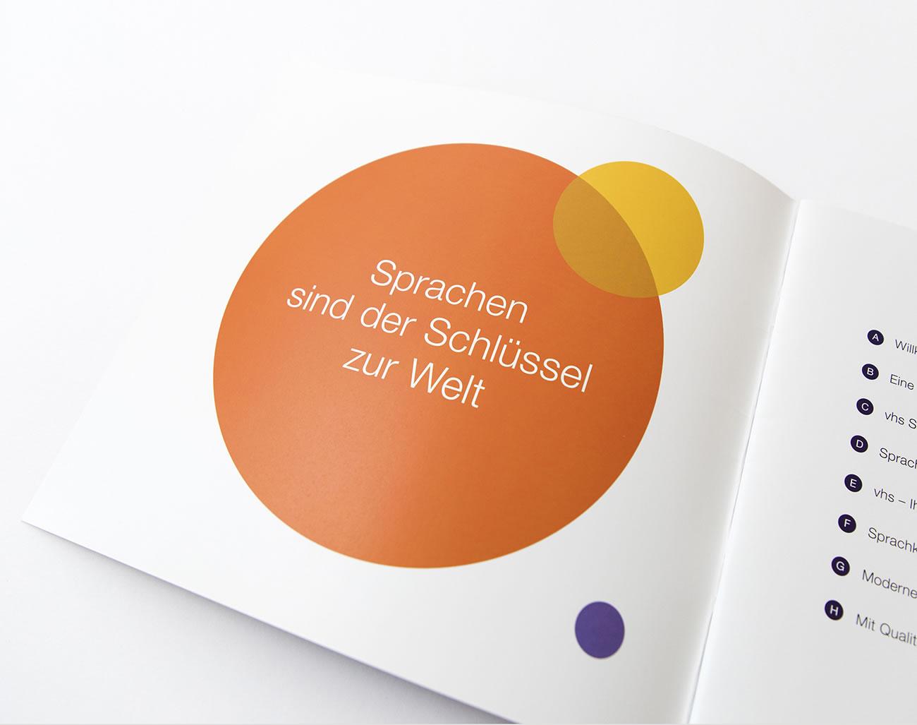 Bayerischer Volkshochschulverband Broschüre Sprachen Auftakt
