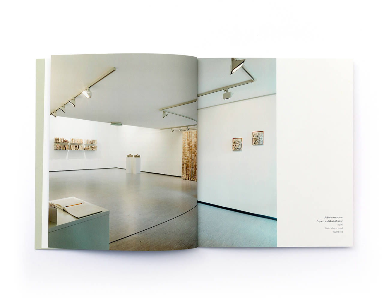 Petermeyer Zimmerer, Print, Broschüre, Sabine Neubauer, Werkübersicht, Katalog, Design by pz